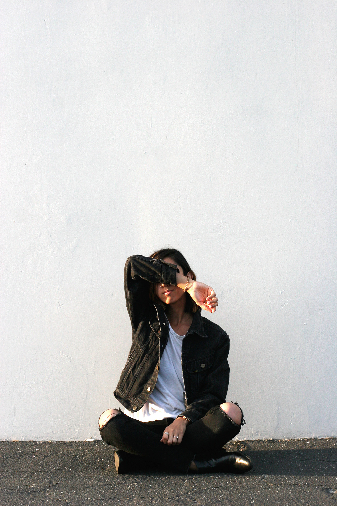 Levis_Black_Denim_Jacket2