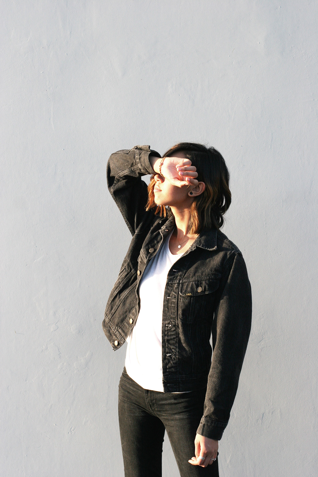 Levis_Black_Denim_Jacket3