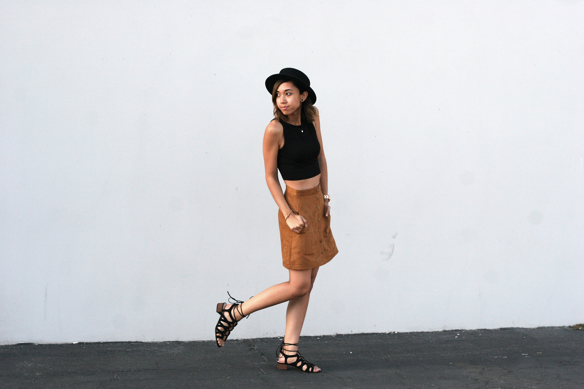 HM_Camel_Suede_Buttondown_skirt7