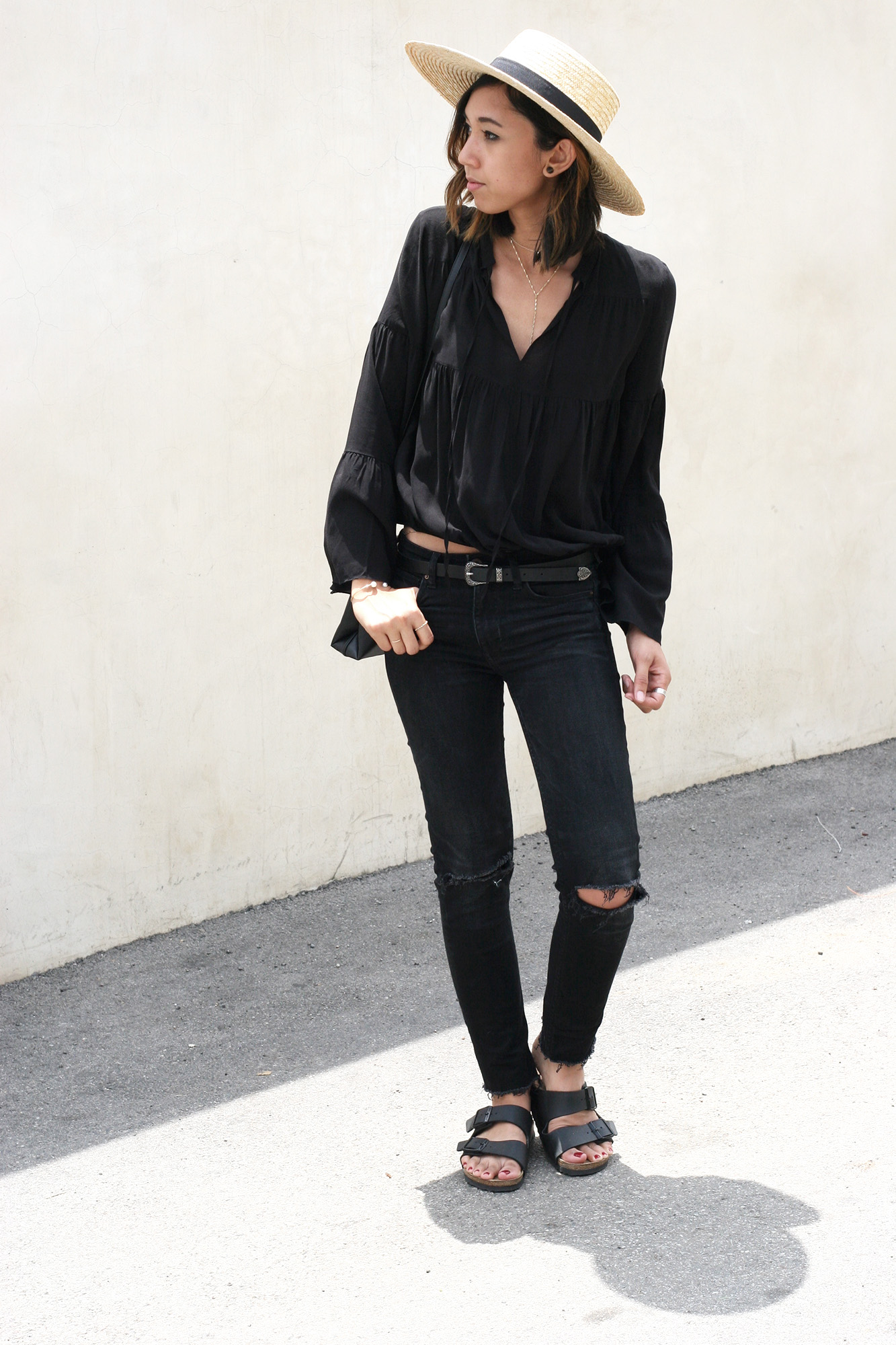 H&M_Black_Bell_Sleeve_Blouse3