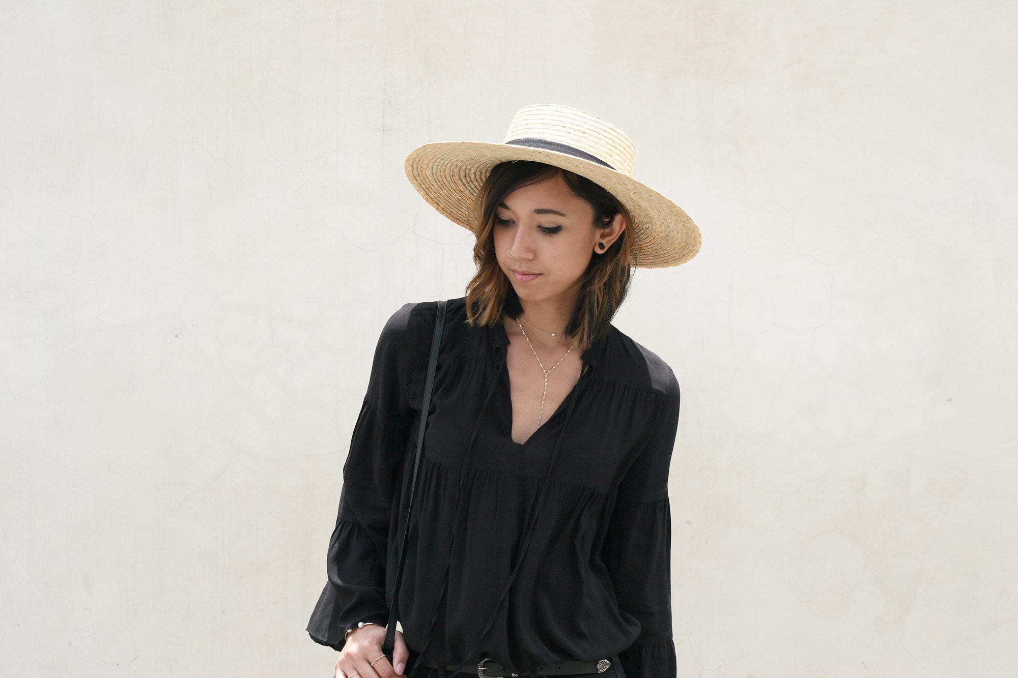 H&M_Black_Bell_Sleeve_Blouse7
