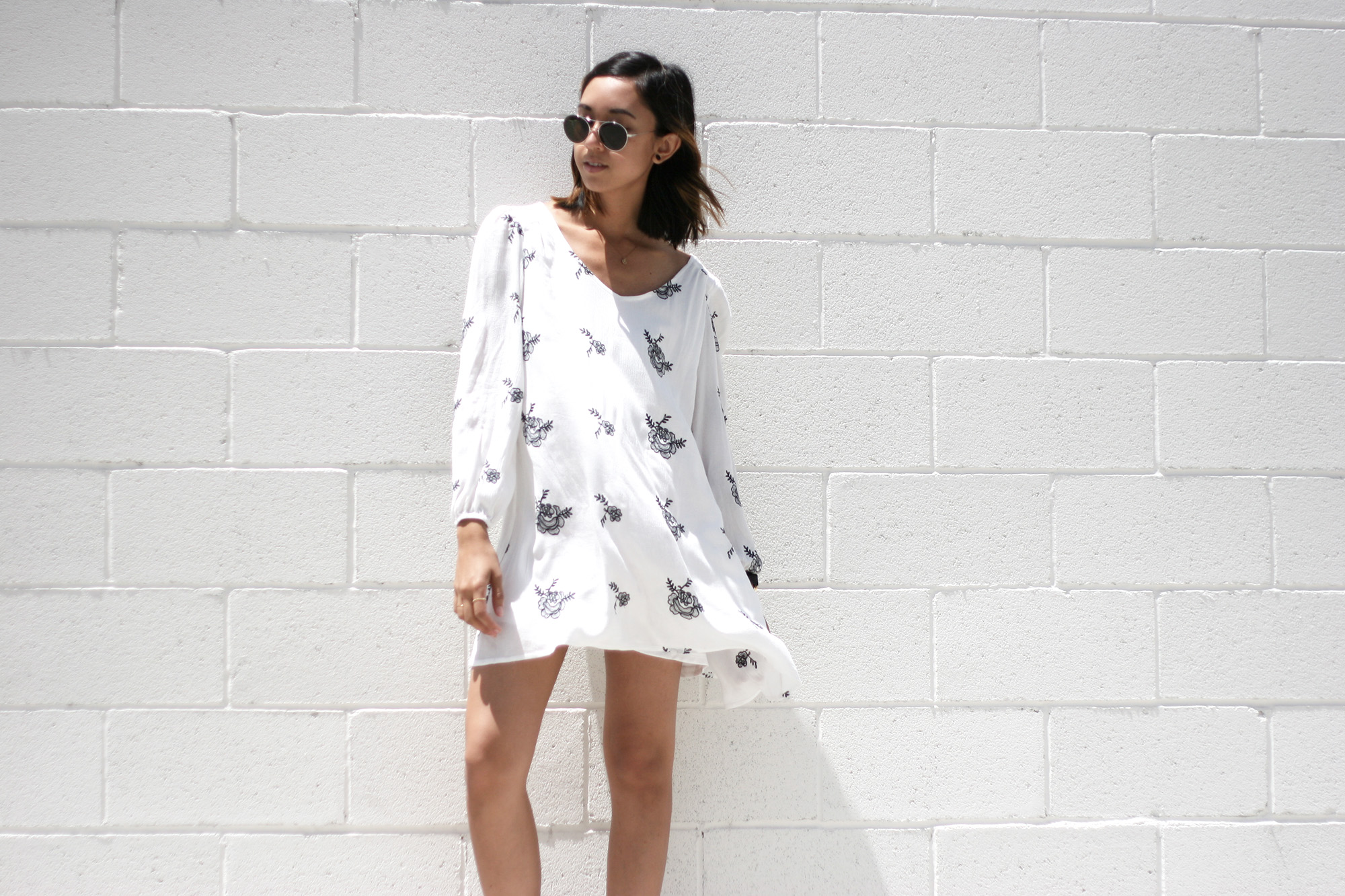 SheInside_White_Longsleeve_Floral_Print_Dress1