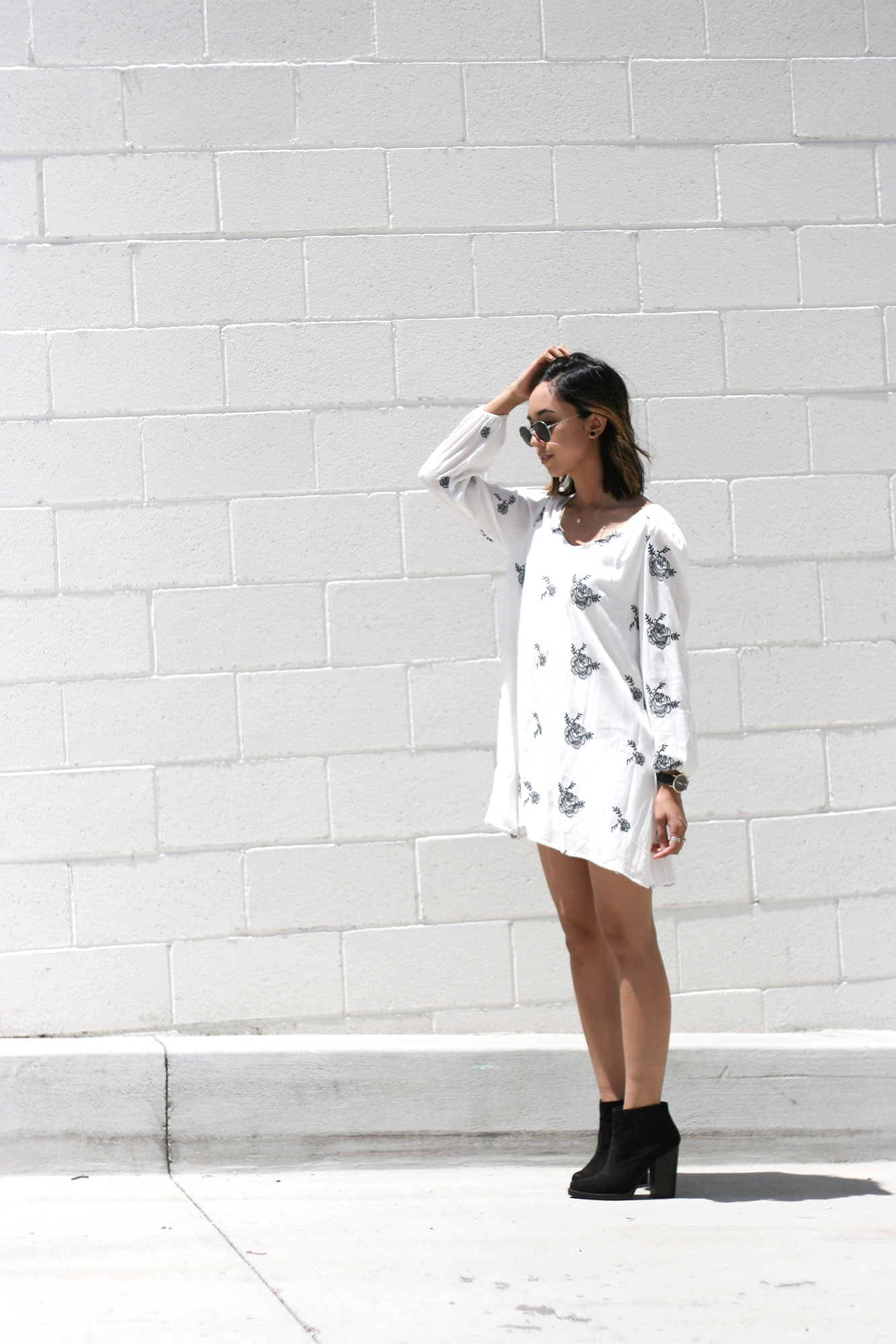 SheInside_White_Longsleeve_Floral_Print_Dress9