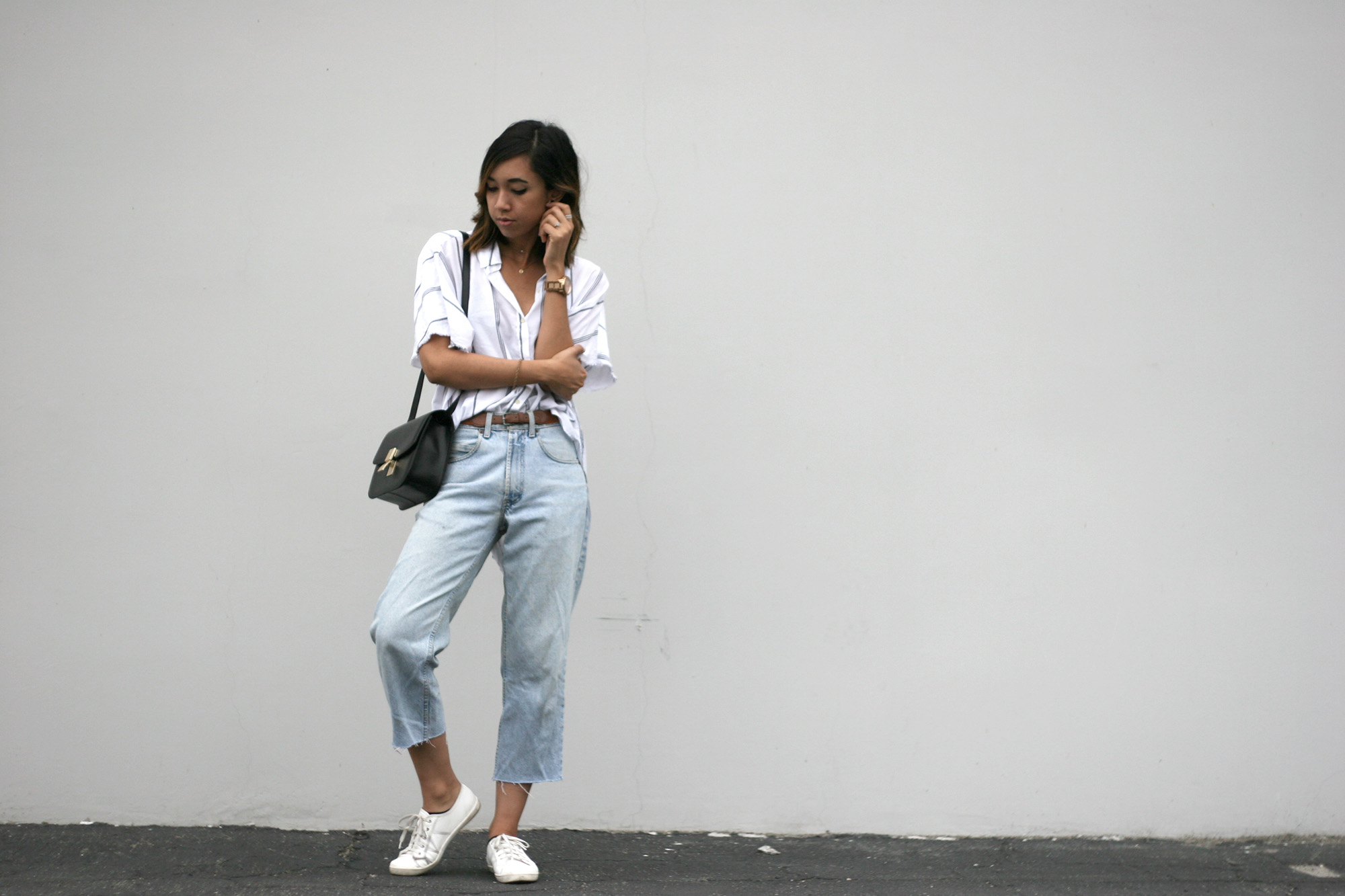 Unconscious Style - Cropped Raw Hem Wide Leg Denim