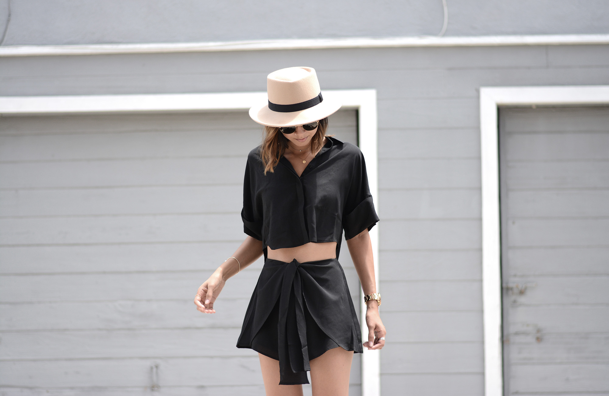 TheFifthLabel_WrapFrontShort_ButtonUpCropTop_Black2