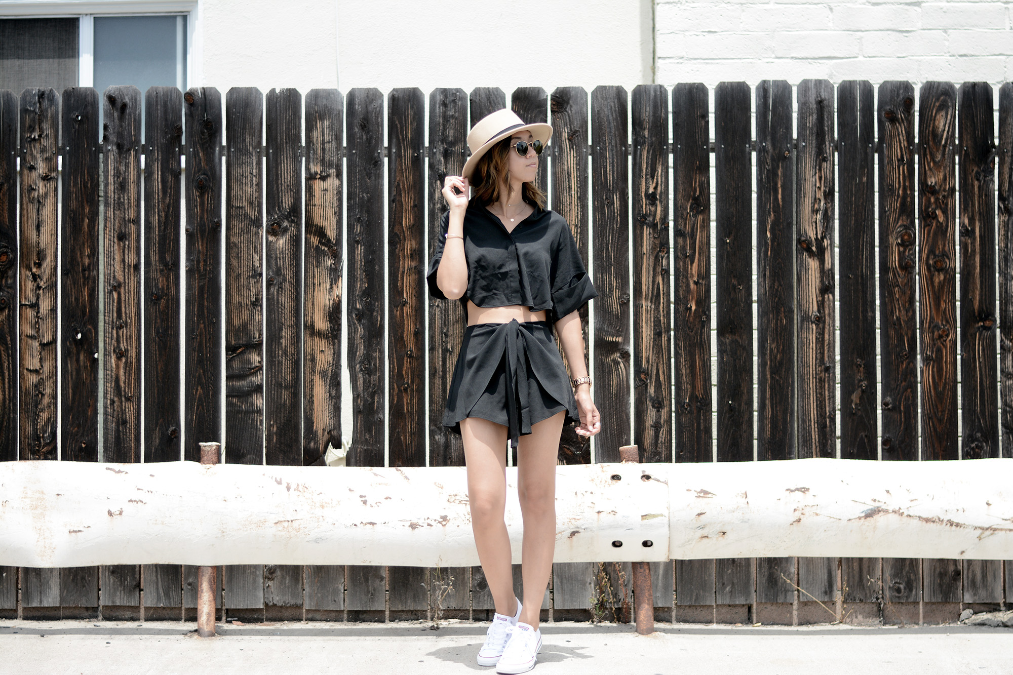 TheFifthLabel_WrapFrontShort_ButtonUpCropTop_Black4