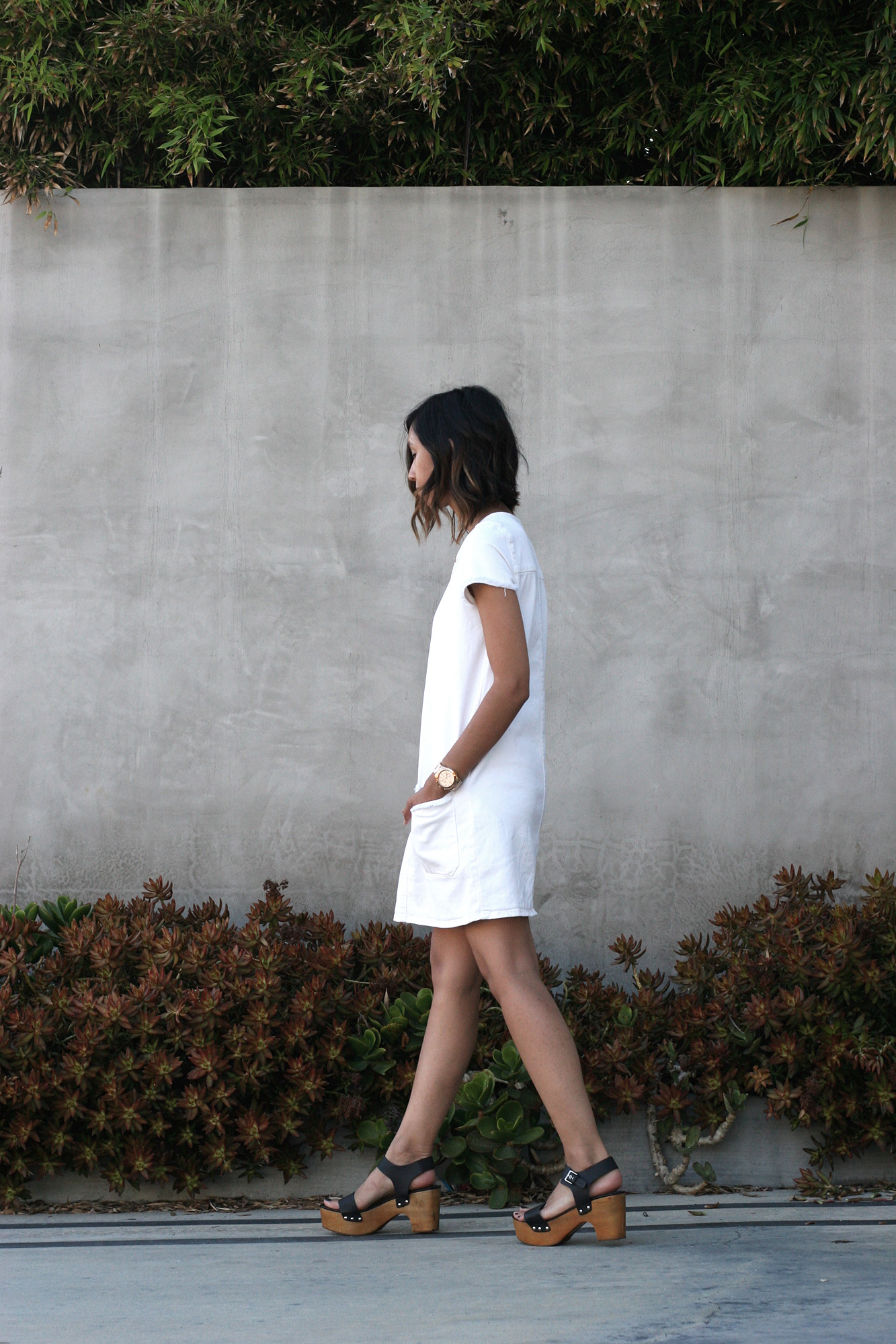 Zara_White_Raw_Hem_Denim_Dress3