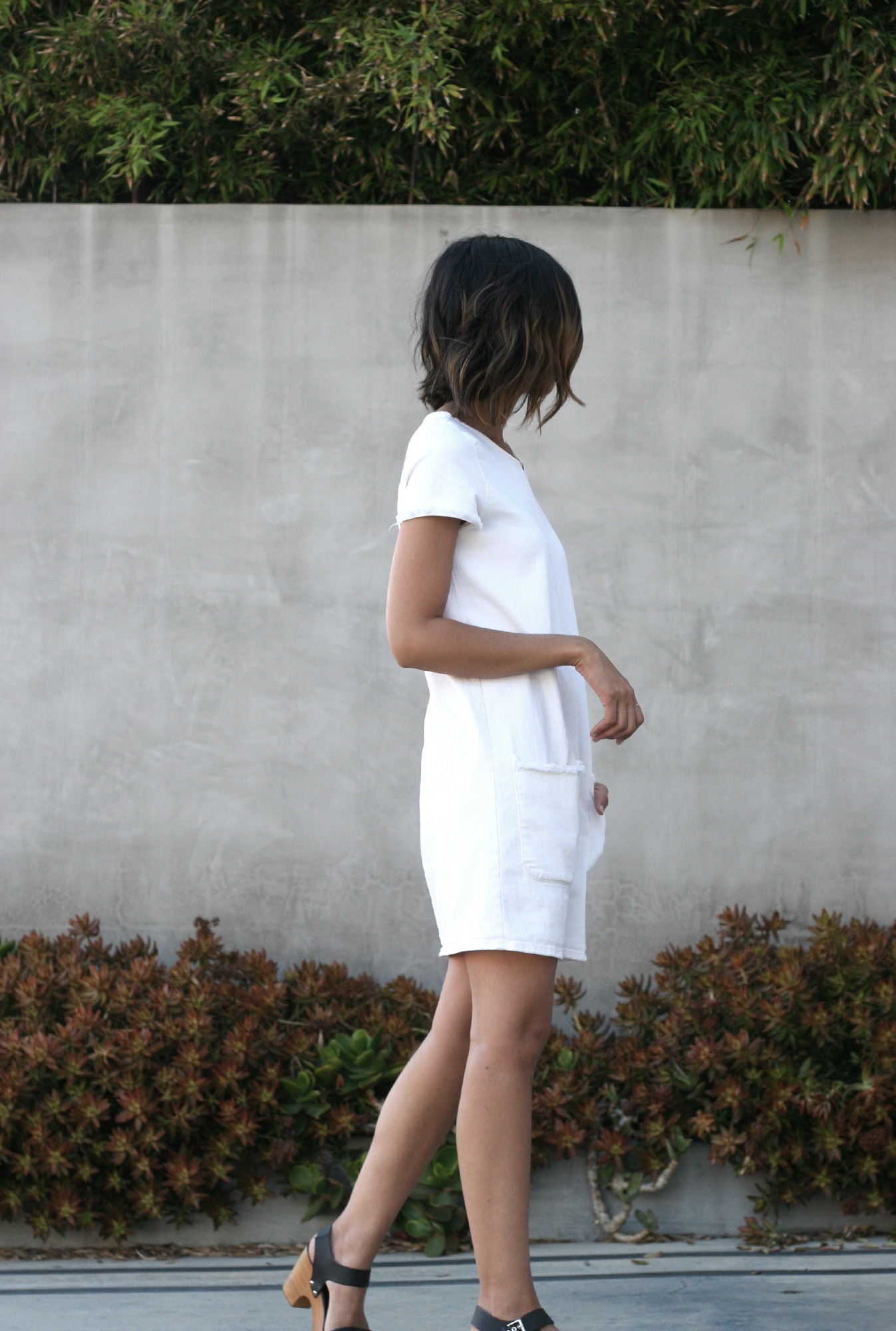Zara_White_Raw_Hem_Denim_Dress4