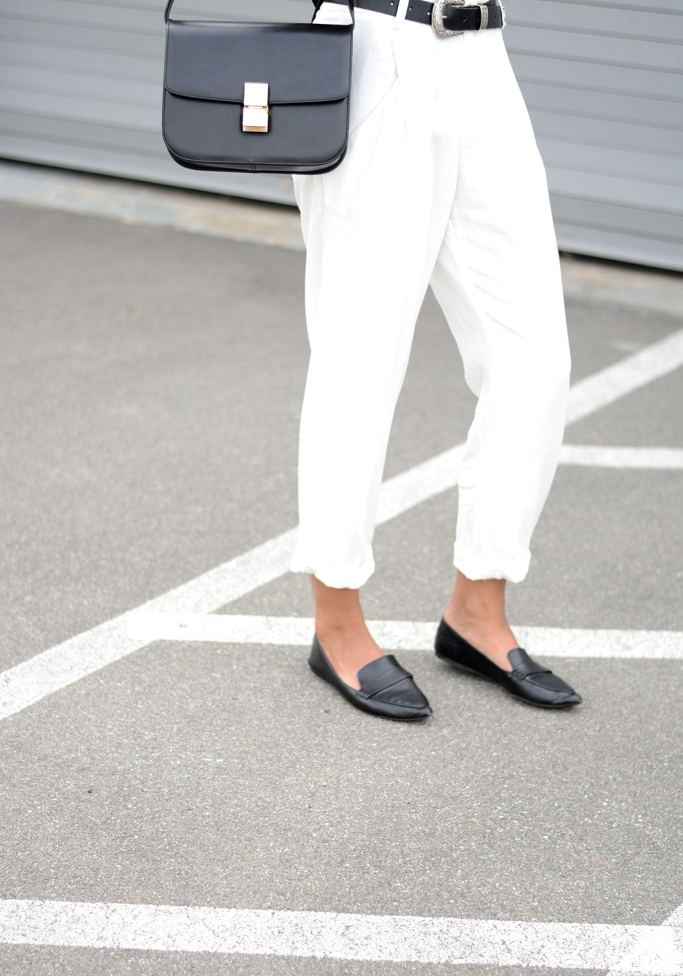 FifthLabel_WhiteTrouser1